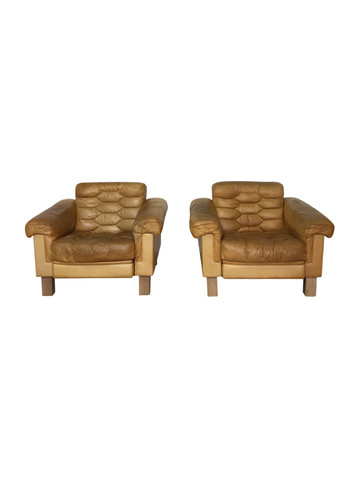 Pair of Large Danish leather Arm Chairs 36443